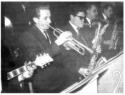 Zespół estradowy klubu fabrycznego. Zdjęcie wykonane przez Jana Nosowicza w latach 60-tych.