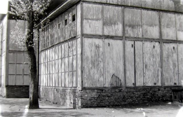 Ambulatorium na Placu Fabrycznym przed wyburzeniem. Lata  50-te. Fot. Jan Nosowicz.