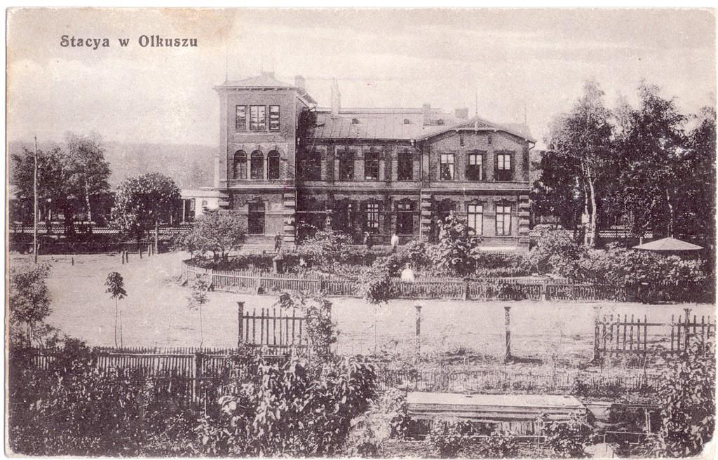 1. Widok stacji od północy, pocz. XX wieku. Fot. ze zbiorów Marka  Piotrowskiego.