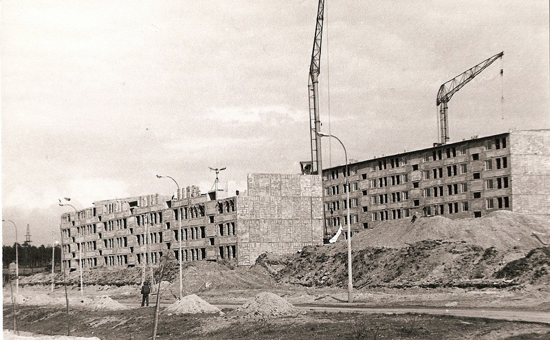 11. Budowa osiedla Pakuska, lata 70-te. Fot. Emil Glanowski.