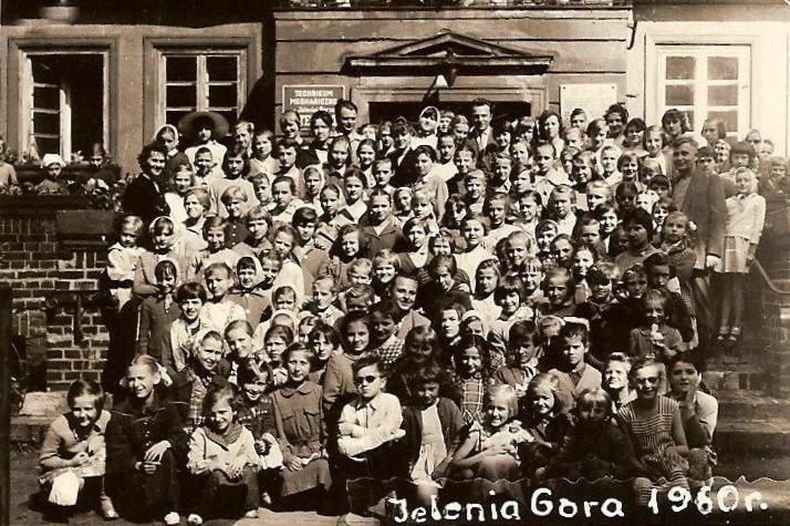 1. Olkuska kolonia w Jeleniej Górze. Fot. ze zbiorów Piotra Nogiecia.