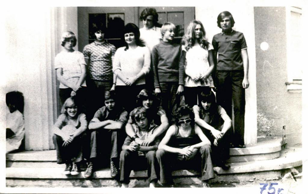 13. Kolonia w Trzcińcu II turnus, 1975 rok. Fot. ze zbiorów Piotra Nogiecia.