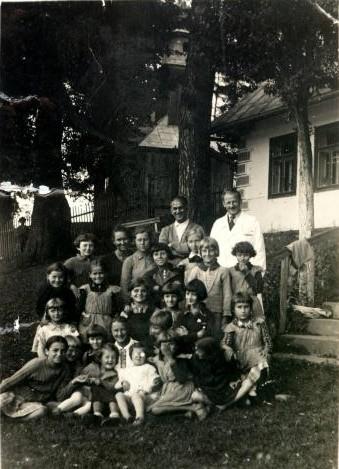 15. Kolonia zorganizowana przez Fabrykę Westena w Skomielnej Czarnej. 1936 rok. Fot. ze zbiorów Ryszarda Maliszewskiego.