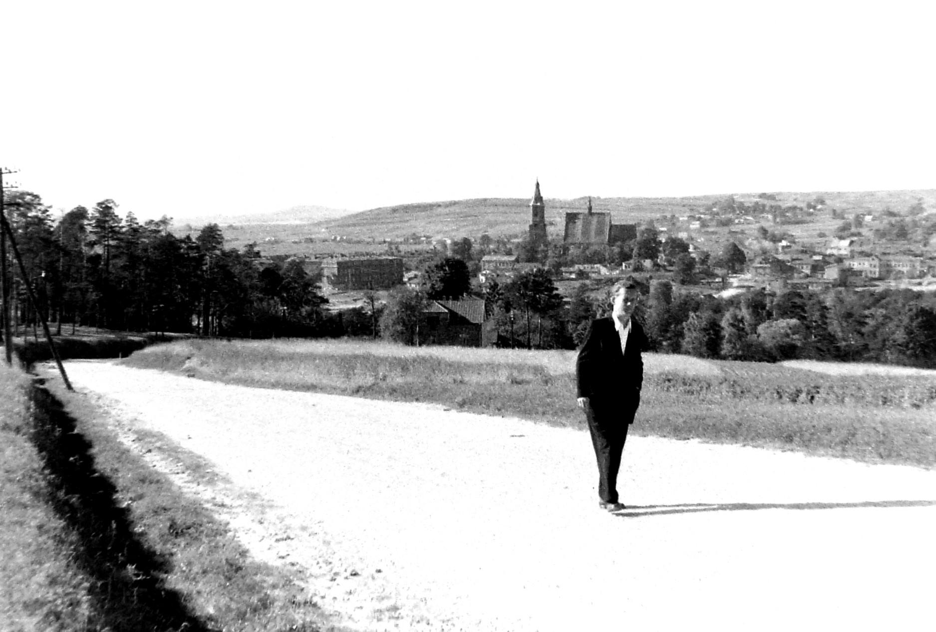 26. Widok miasta z drogi na Trzebinię, rok 1950. Fot. Jan Nosowicz.