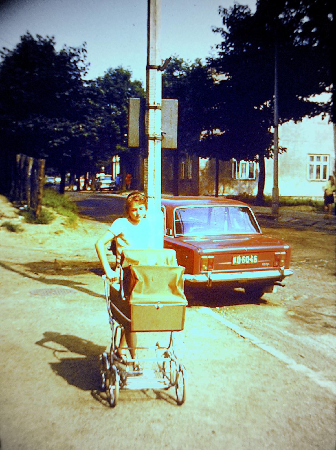 10. Okolica dworca PKS, połowa lat 70-tych. Fot. Piotr Nogieć.