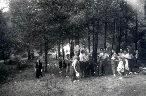 26. Piknik na Podpolisie. 1950 rok. Fot. Ze zbiorów Ryszarda Maliszewskiego.