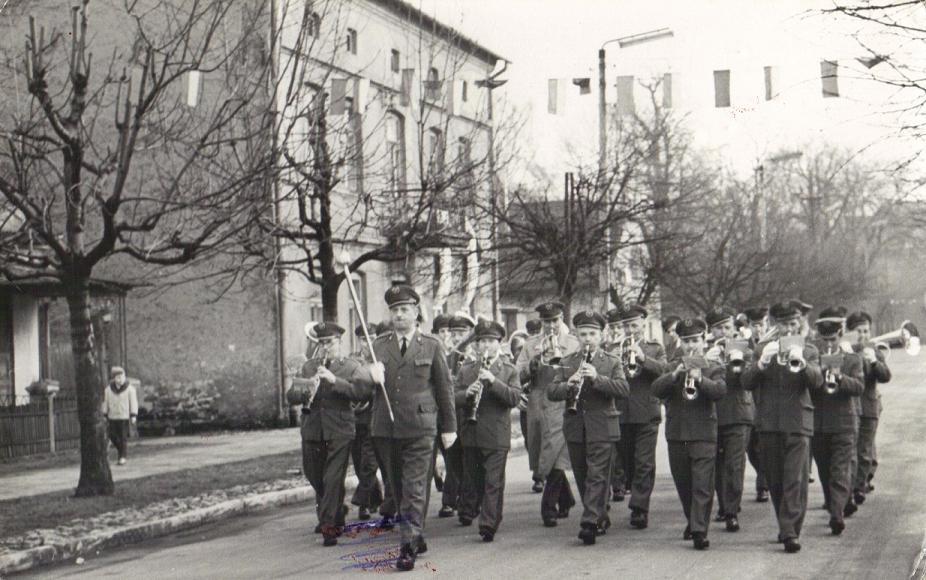 30. Orkiestra dęta OFNE. Lata 70-te. Fot. Z archiwum Wiesława Drygały.