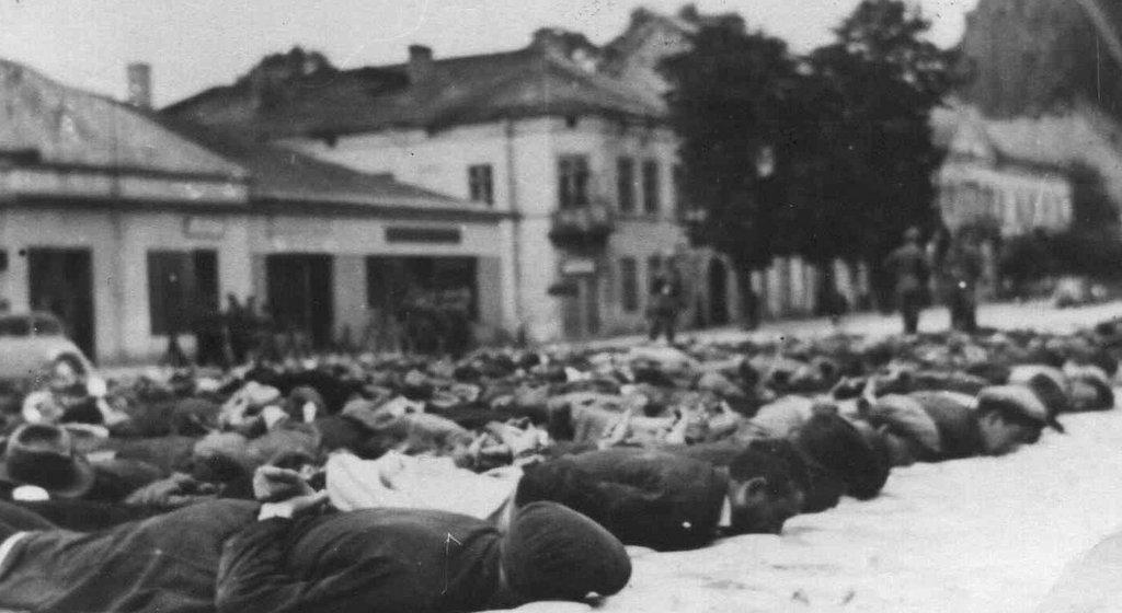 22. Krwawa Środa w Olkuszu - Rynek. Fot. Z archiwum Muzeum Regionalnego PTTK w Olkuszu.