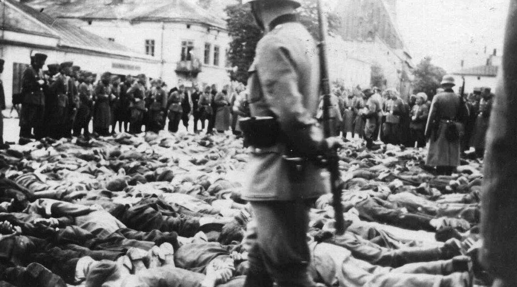 23. Krwawa Środa w Olkuszu - Rynek. Fot. Z archiwum Muzeum Regionalnego PTTK w Olkuszu.