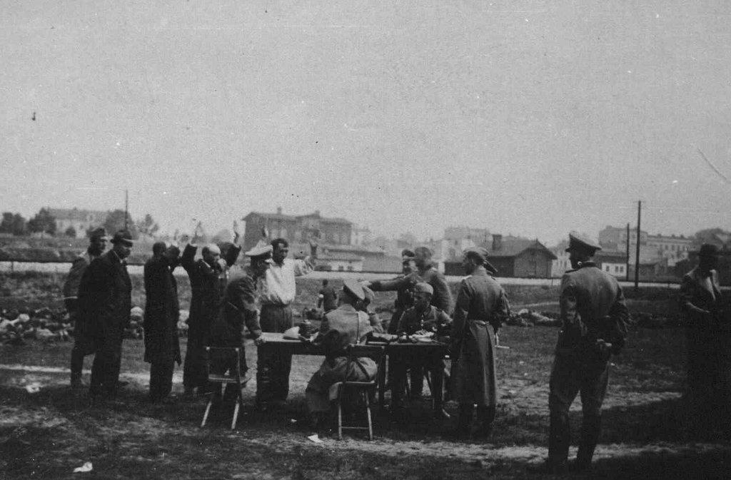 27. Krwawa Środa w Olkuszu - Czarna Góra. Fot. Z archiwum Muzeum Regionalnego PTTK w Olkuszu.
