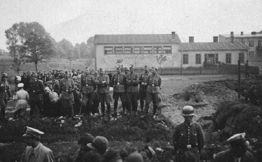28. Wysiedlenie Żydów w 1942 roku.