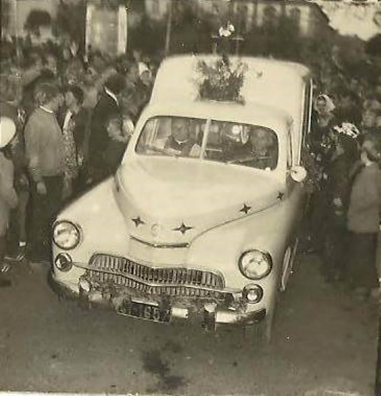 19. Olkusz, 1973 rok,wizyta kopii obrazu Matki Boskiej Częstochowskiej. Fot. Ze zbiorów Zbigniewa Barańskiego.