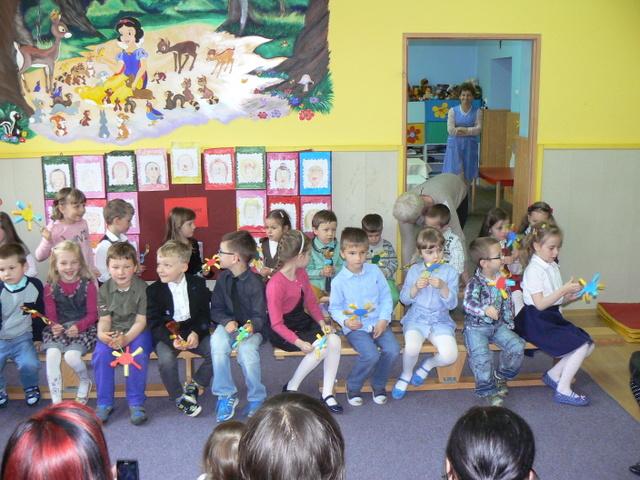 przedszkole dzien mamy