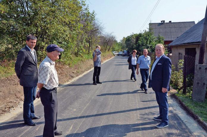W 2016 roku na terenie Gminy Olkusz zostało przeprowadzonych wiele inwestycji drogowych. W 2017 roku zostaną przeprowadzone kolejne prace, w jeszcze większym zakresie.