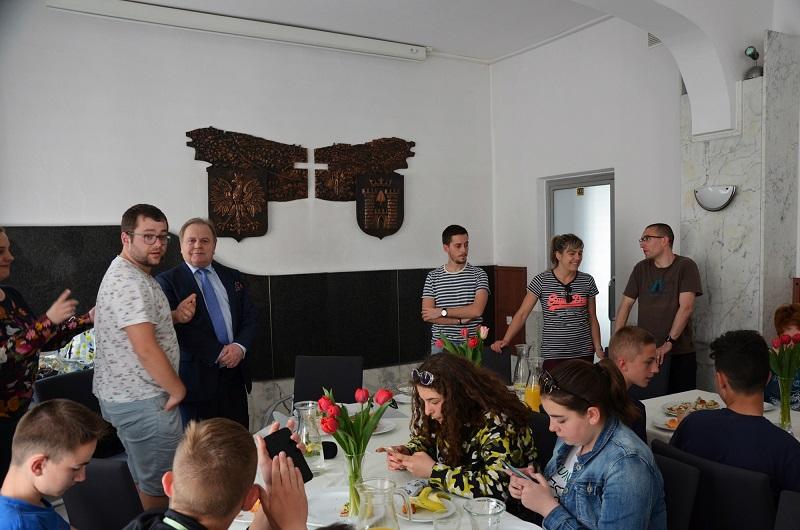 delegacja francja 14
